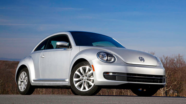 2013-VW-Beetle-TDI-parked.jpg